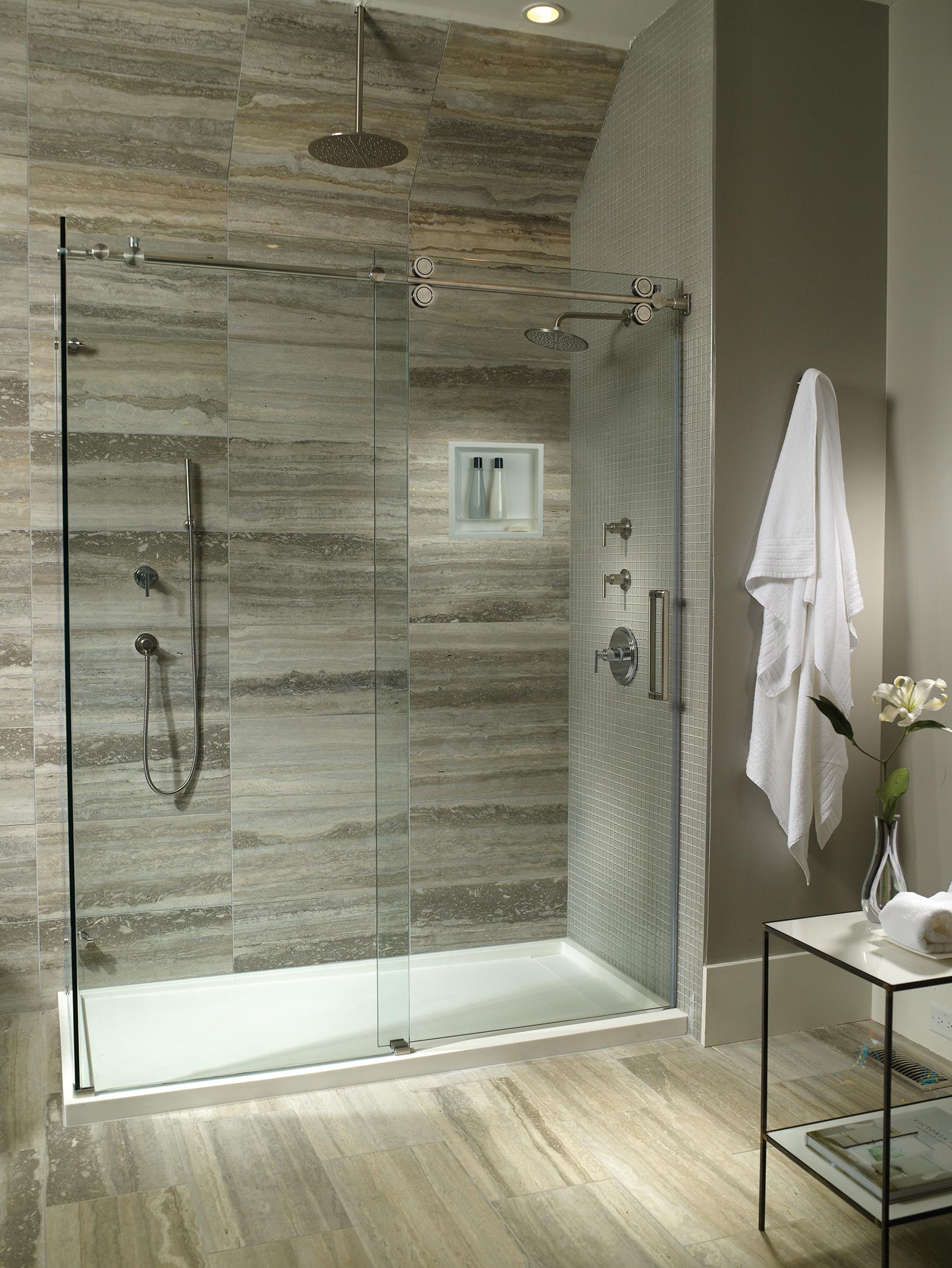 Shower-base-with-Niche